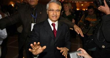 رويترز: الجزائر تحقق في مزاعم فساد متعلقة بوزير الطاقة السابق