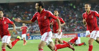 محمد ابو تريكة يشارك فى مباراة ودية مع الكويت الكويتى بملعبهم يوم 30/12/2013