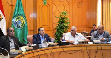 محافظ الإسماعيلية يستعرض المخطط العام لبرنامج تطوير النظم الزراعية