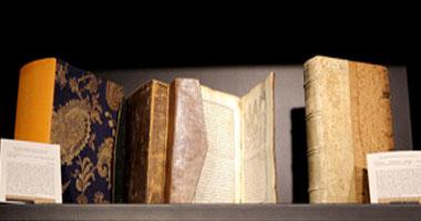 60كتاباً ومخطوطة نادرة وأول نسخة للقرآن باللاتينية بمعرض الشارقة