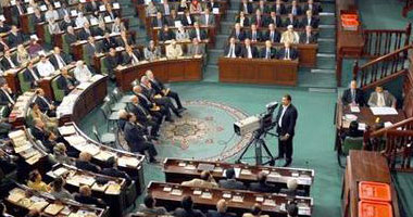 """برلمان تونس يناقش قانونا مثيرا للجدل يعفى مسئولى """"نظام بن على"""" من الملاحقة"""
