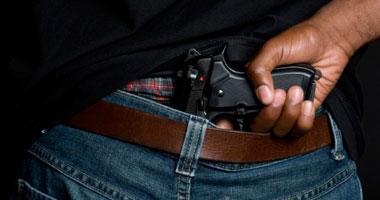 المجلس البلدى بواشنطن يجيز للسكان والزائرين حمل السلاح فى الشارع