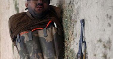 شاهد.. حزام ناسف مهر الداعشية.. وتفجير المخالفين بالصواريخ
