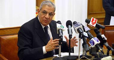 """مصادر: اجتماع الرئيس بــ""""محلب"""" لتكليفه رسمياً بتشكيل حكومة جديدة"""