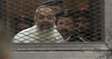 حازم اسماعيل يكشف مفاجاة محاكمته اليوم ويشتبك لفظيا القاضى,بوابة 2013 S1220131915133.jpg
