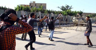 طلاب الإخوان يقطعون شارع مصطفى النحاس بمحيط جامعة الأزهر