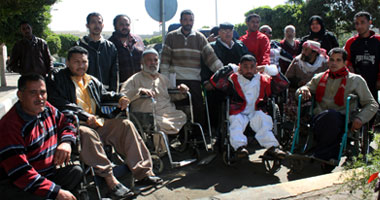 معاقو محافظة القاهرة يعلنون الاعتصام أمام الوزراء لحين الاستجابة لمطالبهم