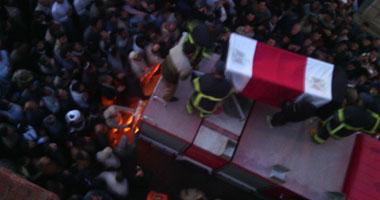 جنازة الضابط الشهيد تتحول لمظاهرة ضد الإرهاب بشبرا الخيمة