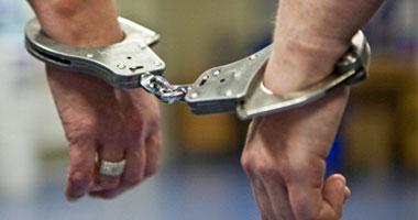ضبط اثنين من العناصر الإجرامية بالسجر والجمال بحوزتهما مخدرات وسلاح