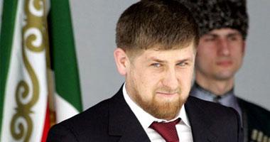 فيديو.. الرئيس الشيشانى قديروف يصارع أحد أبطال المصارعة