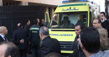 عالمي الإخوان يحطمون سيارة إسعاف بداخلها حالة ولادة بالشرقية S32014893915.jpg