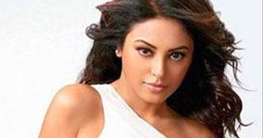 اختطاف ميناكشى ثابار الممثلة الهندية رأسها