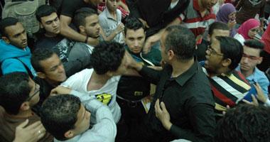 اشتباكات شباب إبريل ومؤيدين للرئيس