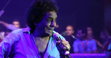النجم محمد منير