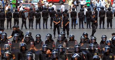 مشادات كلامية قوات الأمن والمحامين