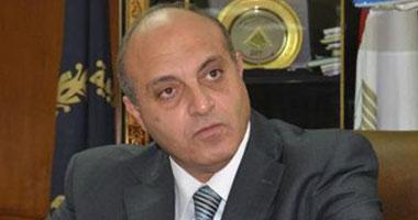 أهالى قرية الصفا بالقليوبية يقطعون الطريق للمطالبة بإنشاء محطة صرف صحى