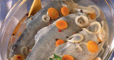 زيت الزيتون والأسماك يحميان من الاكتئاب SAMA3200815142946