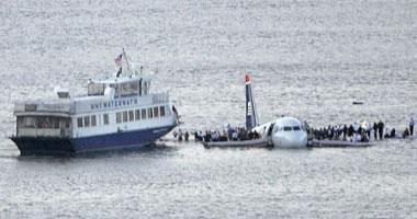 طائرة أمريكية تسقط فى بحر العرب - صورة أرشيفية