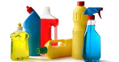 ضبط 192 زجاجة منظفات مغشوشة داخل مصنع بدون ترخيص بالمحلة