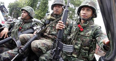 المجلس العسكرى فى تايلاند يعتقل اثنين من زعماء المعارضة