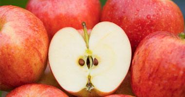 تناول عصائر الفاكهة كالتفاح والجزر والرمان والليمون لتعويض ما يفقد أثناء الإسهال