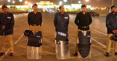 مقتل 4 من أفراد الشرطة الباكستانية فى تبادل إطلاق نار مع مسلحين مجهولين