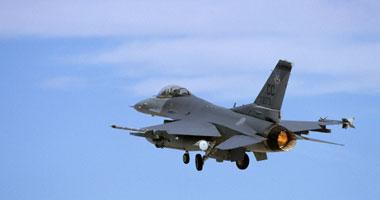 سقوط طائرة حربية تركية من طراز اف 16 ونجاة طاقمها