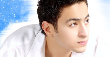 """حمادة هلال: أغنية """"ارفع راسك فوق"""" كلمات وألحان شباب الثورة Hamada-hilal620083215150"""