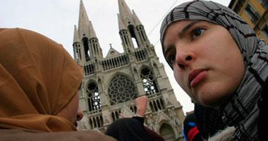 المسلمات الأمريكيات يتعرضن للتضييق والتمييز الدينى