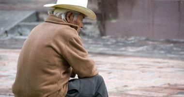 اكتشاف سبب تدمير الأوعية الدموية بمخ مريض الزهايمر old-man-555554200815