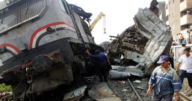 تصادم قطار محمل بمواد بترولية بسيارة نقل فى الإسكندرية