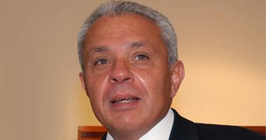 الدكتور حسام كامل رئيس جامعة القاهرة