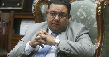الدكتور زياد بهاء الدين مرشح الحزب المصرى الديمقراطى فى أسيوط