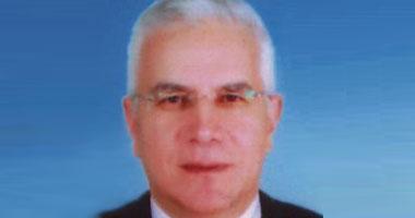 تعيين محيى منصور نائبا لرئيس جامعة بنى سويف s1020103185921.jpg