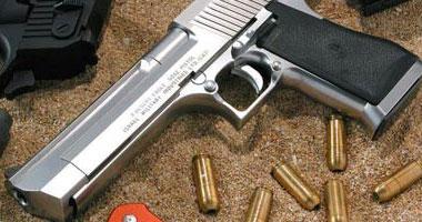 إحالة عامل متهم بإحراز سلاح نارى وذخيرة فى سوهاج للجنايات
