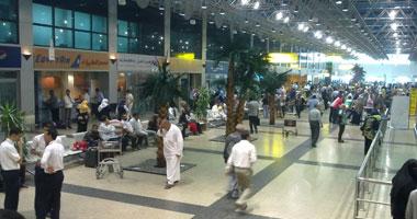وصول 23 مصريا مرحلين من إيطاليا