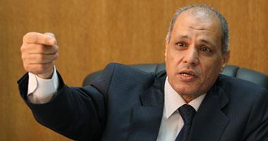 مصطفى قناوى رئيس هيئة السكك الحديدية