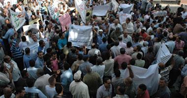 مصابو الثورة يحتفلون بالعيد فى خيام الاعتصام أمام مجلس الوزراء