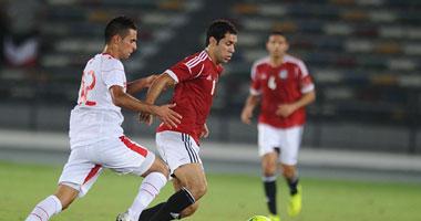 مطرب تونسى يقدم أغنية خاصة بمناسبة مباراة مصر ونسور قرطاج