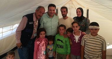 عزام يزور لاجئى سوريا بمخيم الزعترى ويلتقى رئيس وزراء الأسد المنشق