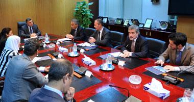 """""""صالح"""" يبحث مع السفير الإيطالى إقامة منطقة صناعية إيطالية فى العلمين"""