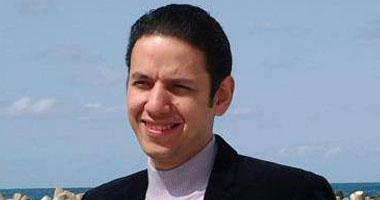 دكتور محمد حلمى عضو جمعية الشرق الأوسط للعلاج البديل