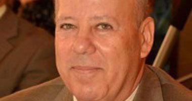 محافظ بورسعيد يتهم مواطنة بإلقاء نفسها أمام سيارته أثناء خروجه من مكتبه