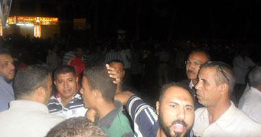 اشتباكات عنيفة بين الإخوان وأهالى عزبة النخل.. وتدمير 20محلا تجاريا