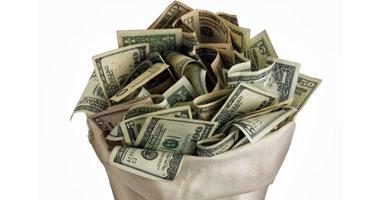 الغرقة التجارية: 5 قروش ارتفاعا فى سعر صرف الدولار بالسوق السوداء