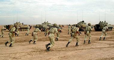 """مناورات سعودية أمريكية للقوات البرية باسم """"صقر الصحراء"""""""