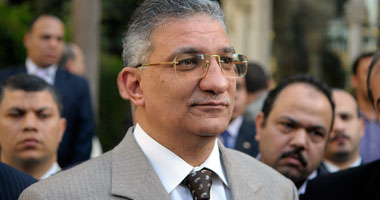وزير التعليم السابق د.أحمد زكى بدر