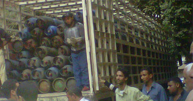 ضبط 340 أسطوانة بوتاجاز قبل بيعها فى السوق السوداء بالتل الكبير