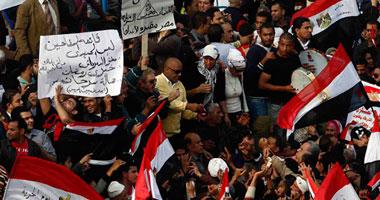 مئات المواطنين ينضمون لمظاهرة العباسية لتأييد المجلس العسكرى