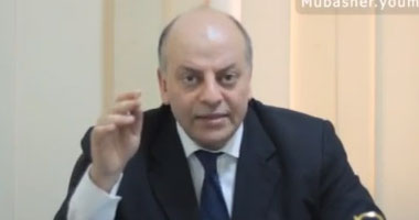 الدكتور محمد المنيسى استشارى أمراض الجهاز الهضمى
